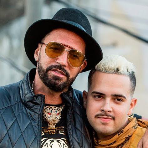 Latino e MCG15